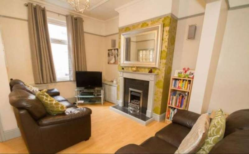 2 Bedrooms Terraced House for rent in Belmont Place, Garston, Liverpool, L19