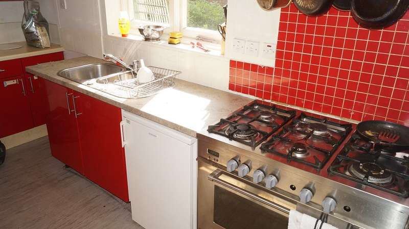 1 Bedroom House Share for rent in Wimborne Road