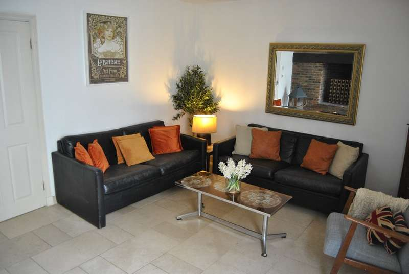 2 Bedrooms Apartment Flat for rent in Denmark Terrace Brighton BN1 3AN