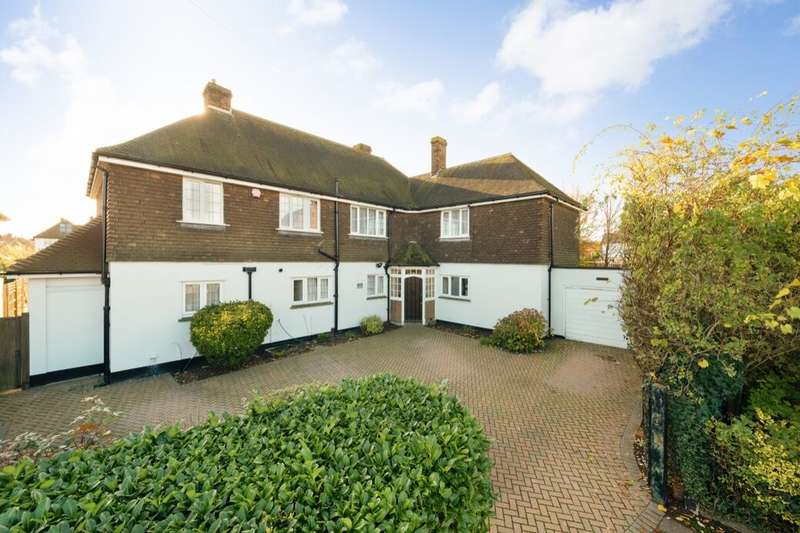 6 Bedrooms Detached House for sale in Turketel Road, Folkestone, CT20