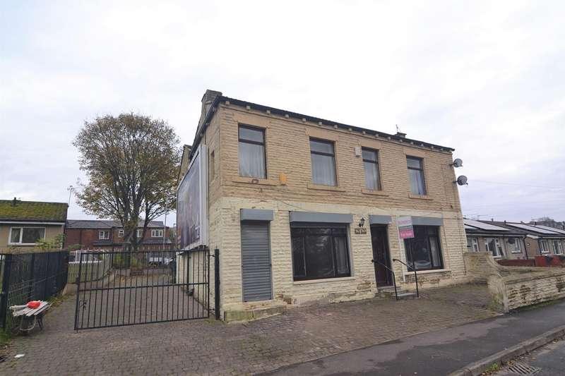 4 Bedrooms Detached House for sale in Bradford Road, Liversedge