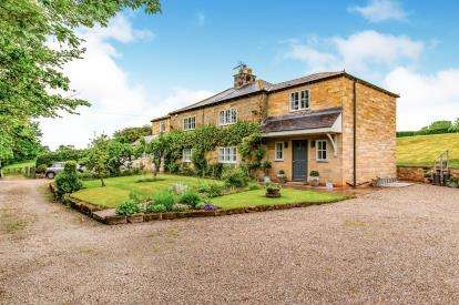 4 Bedrooms Detached House for sale in Carlton-In-Cleveland, North Yorkshire, North Yorkshire Region, England
