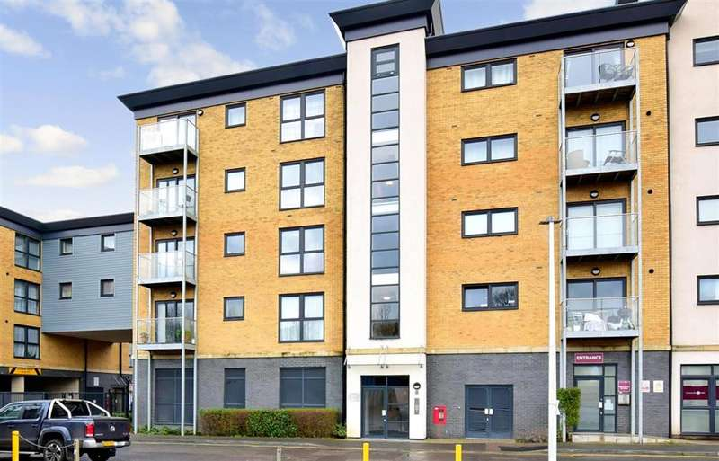 2 Bedrooms Flat for sale in Station Road, , Strood, Rochester, Kent