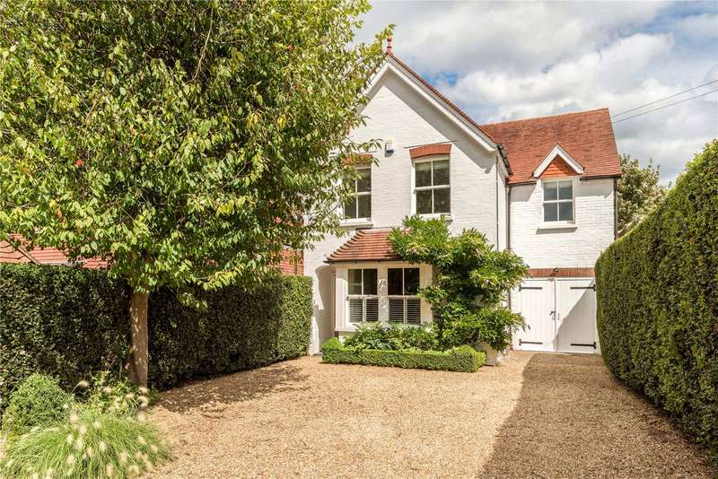 4 Bedrooms Detached House for sale in Whitemans Green, Cuckfield, West Sussex, RH17