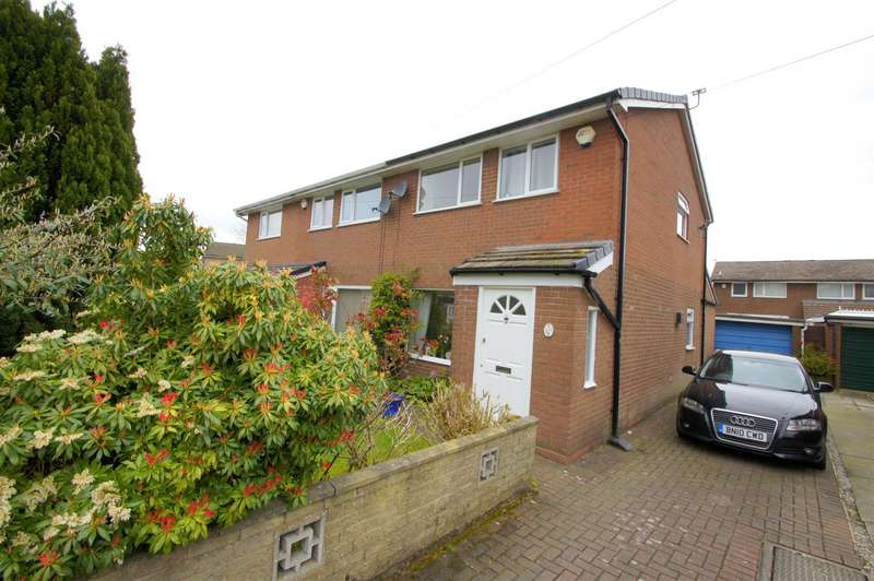 3 Bedrooms Semi Detached House for sale in Thornham Drive, Sharples, Bolton