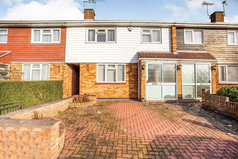 3 Bedrooms House for sale in Garsmouth Way, Watford, Hertfordshire, WD25