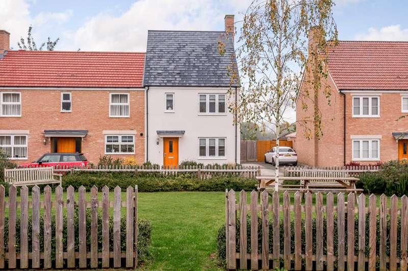3 Bedrooms Semi Detached House for sale in Philosophers Gate, Baldock, SG7 5DL
