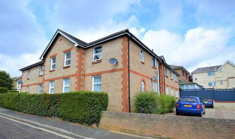 2 Bedrooms Flat for sale in Wilton Park Road, Shanklin