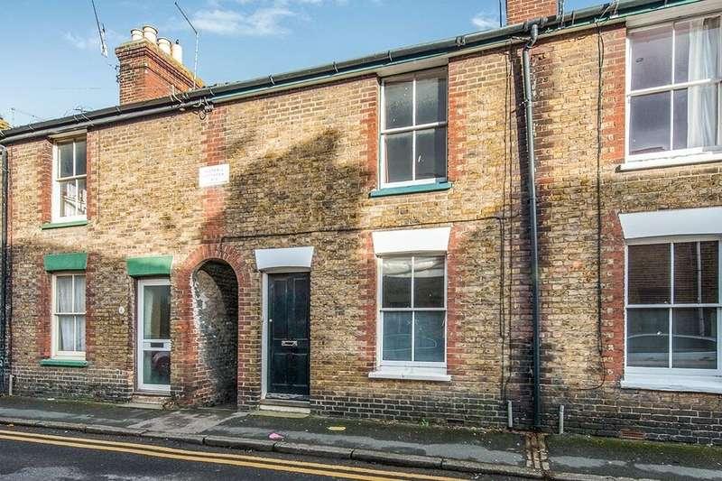 2 Bedrooms Property for rent in Westgate Road, Faversham, ME13