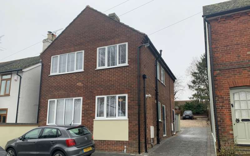 4 Bedrooms Block Of Apartments Flat for sale in Paddock Road, Buntingford, Hertfordshire, SG9 9EX