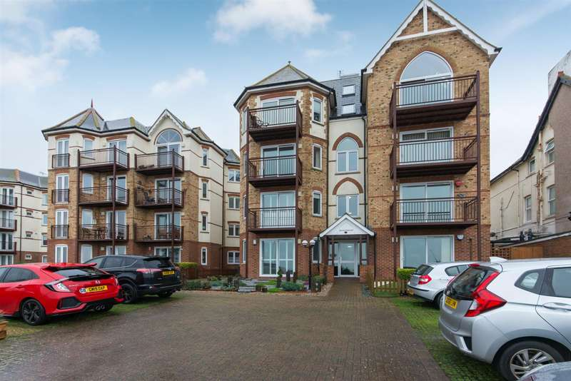 2 Bedrooms Flat for sale in Sea Road, Westgate-On-Sea