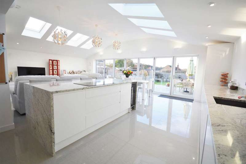 4 Bedrooms Detached House for sale in Wordsworth Road, Shakespeare Gardens