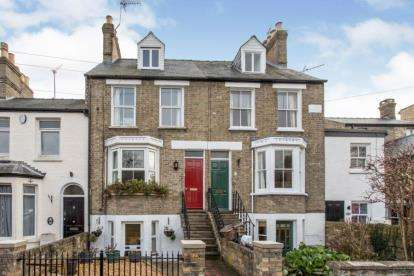 3 Bedrooms Town House for sale in Cambridge, Cambridgeshire