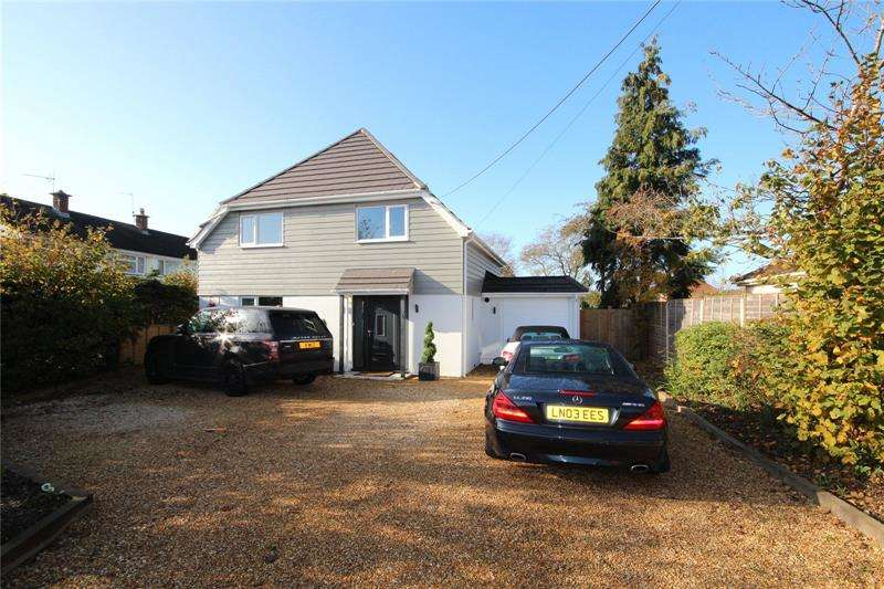 4 Bedrooms Detached House for sale in Eastfield Lane, Ringwood, Hampshire, BH24