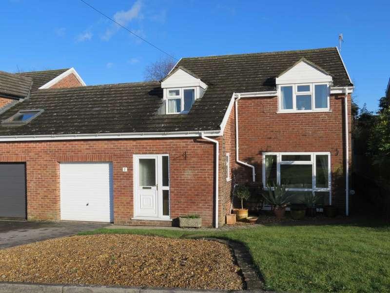 4 Bedrooms Link Detached House for sale in Van Diemens Close, Marlborough