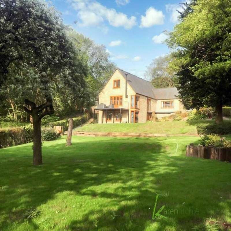 4 Bedrooms Detached House for sale in Sharples Hall Fold, Bolton