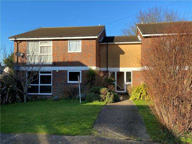 2 Bedrooms Apartment Flat for sale in Claire Gardens, Waterlooville, Hampshire