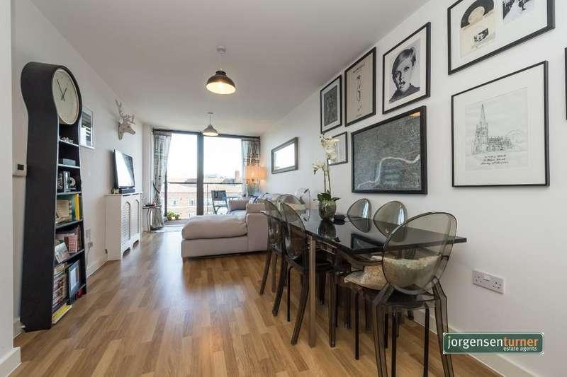 1 Bedroom Flat for sale in Bloemfontein Road, Shepherds Bush, London, W12 7FE