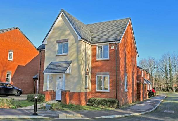 Detached House for sale in Rimini Road, Andover, Hampshire, SP11 6WN