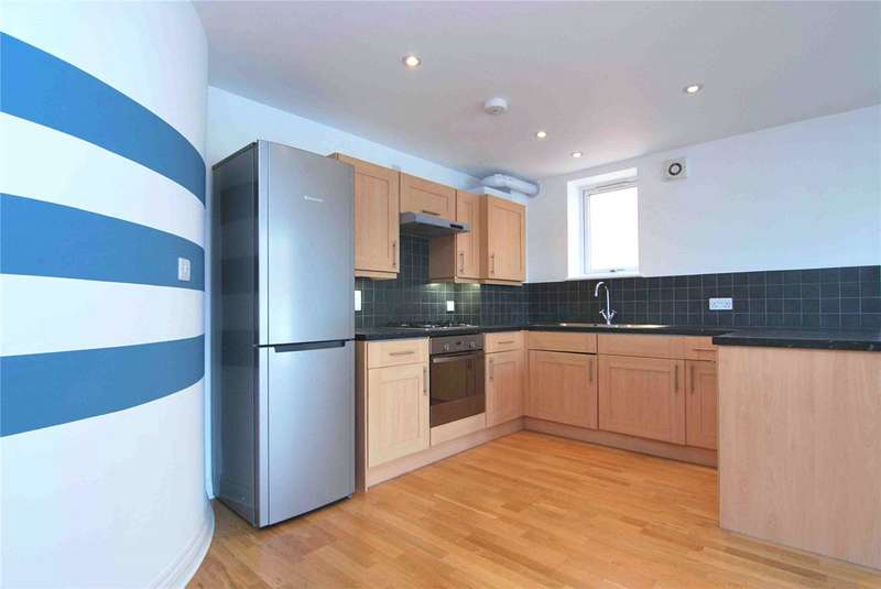 2 Bedrooms Flat for sale in Helena Court, 591 Lordship Lane, Wood Green, London, N22