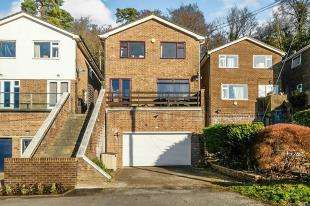 4 Bedrooms Detached House for sale in The Grove, Biggin Hill, Westerham, Kent