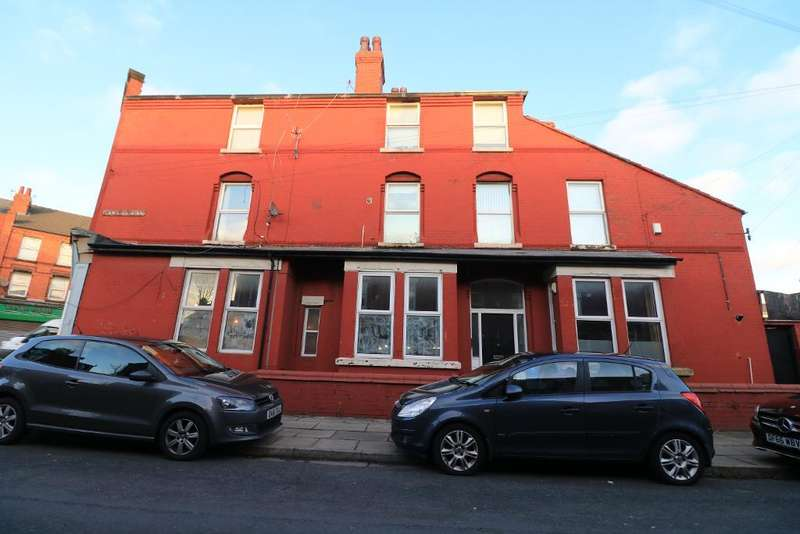 3 Bedrooms Apartment Flat for rent in Ramilies Road, Mossley Hill, Liverpool, L18 1ED