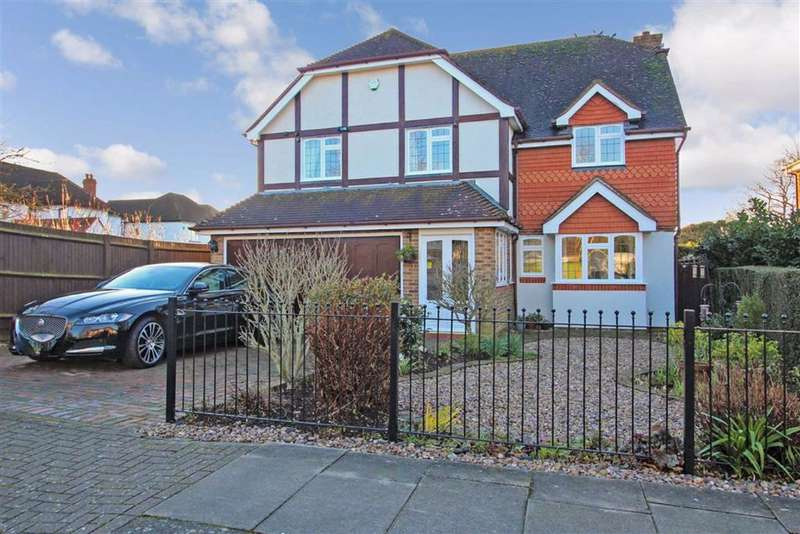5 Bedrooms Detached House for sale in Hayes Way, Park Langley, Beckenham, BR3