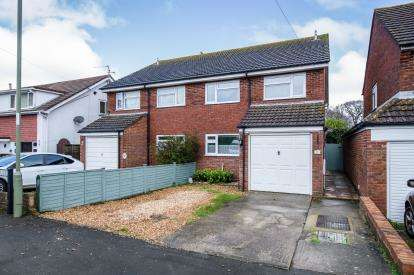 4 Bedrooms Semi Detached House for sale in Hayling Island, Hampshire, .