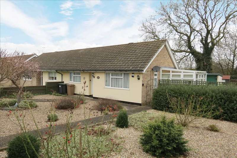 2 Bedrooms Semi Detached Bungalow for sale in Magna Crescent, Great Hale