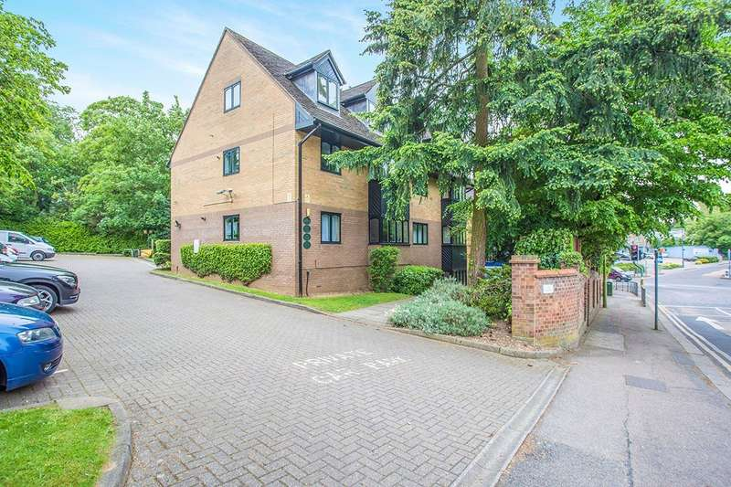 2 Bedrooms Apartment Flat for sale in The Hollies, 177 Hagden Lane, Watford, Hertfordshire, WD18