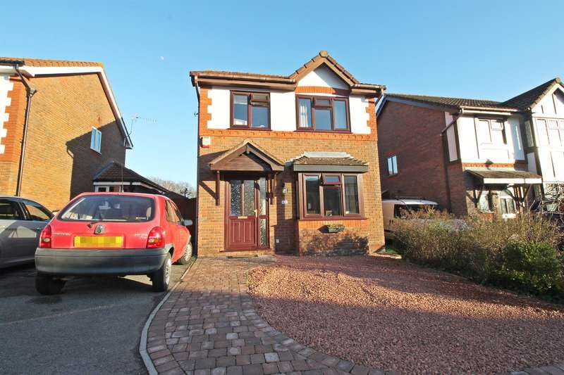 3 Bedrooms Detached House for sale in Rothschild Close, Woolston, Southampton, SO19 9TE