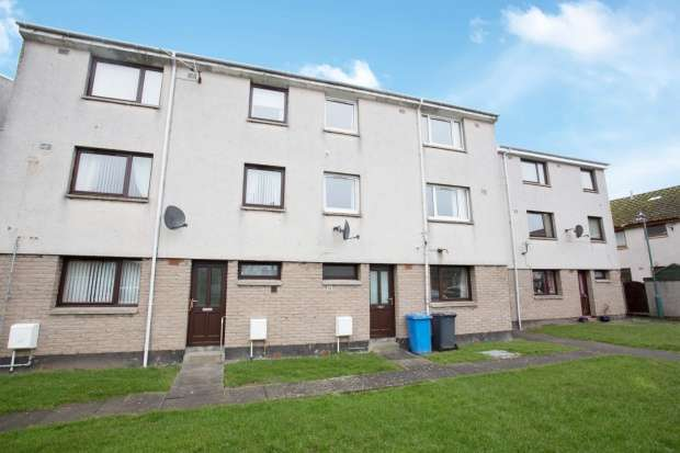 3 Bedrooms Maisonette Flat for sale in Loch Street, Wick, Caithness, KW1 5QJ