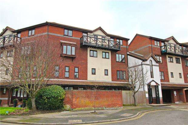 1 Bedroom Apartment Flat for sale in Martells Court, Armory Lane, Portsmouth