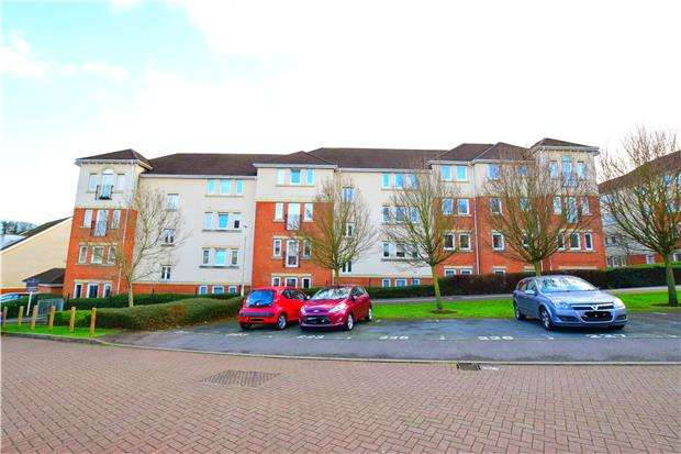 1 Bedroom Flat for sale in Queripel Close, TUNBRIDGE WELLS, Kent, TN2 3GH