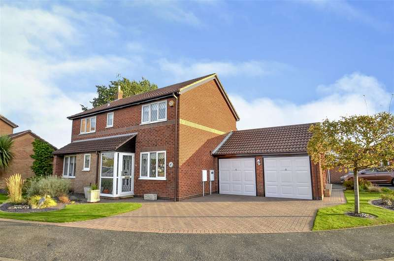 4 Bedrooms Detached House for sale in Eaton Grange Drive, Long Eaton