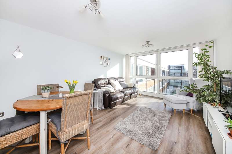 2 Bedrooms Apartment Flat for sale in Sylvan Road, London
