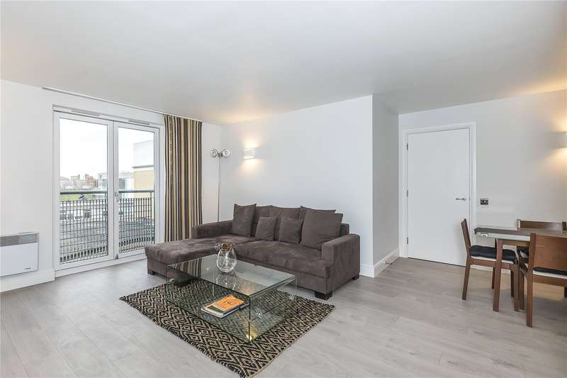 1 Bedroom Flat for sale in Colefax Building, 23 Plumbers Row, London, E1