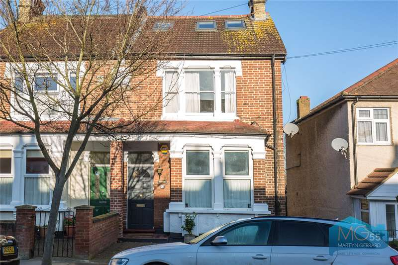 2 Bedrooms Apartment Flat for sale in Goldsmith Road, Friern Barnet, London, N11