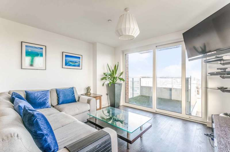 3 Bedrooms Flat for sale in Marner Point, Jefferson Plaza, Bow, E3