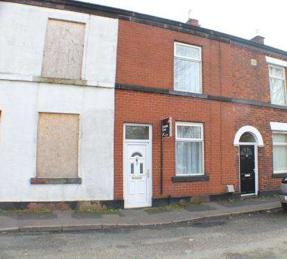 2 Bedrooms Terraced House for sale in Sanderson Street, Bury, Greater Manchester, BL9
