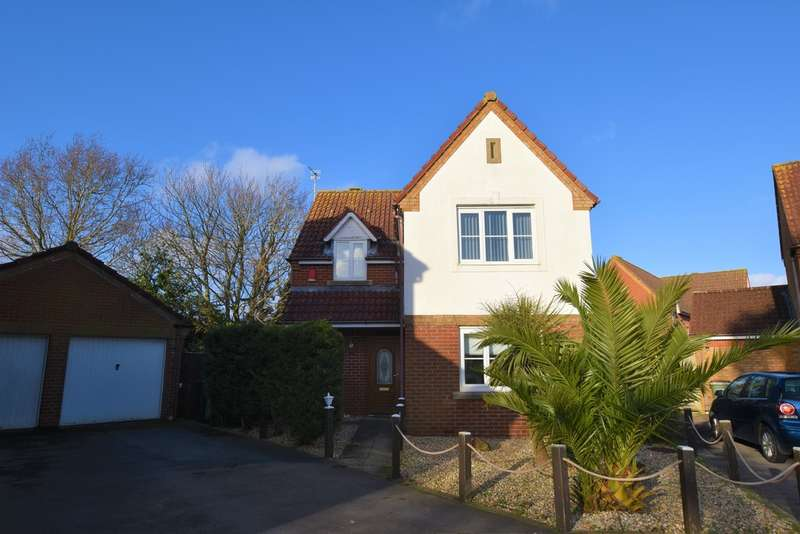 4 Bedrooms Detached House for sale in Cotton Close, Cowes