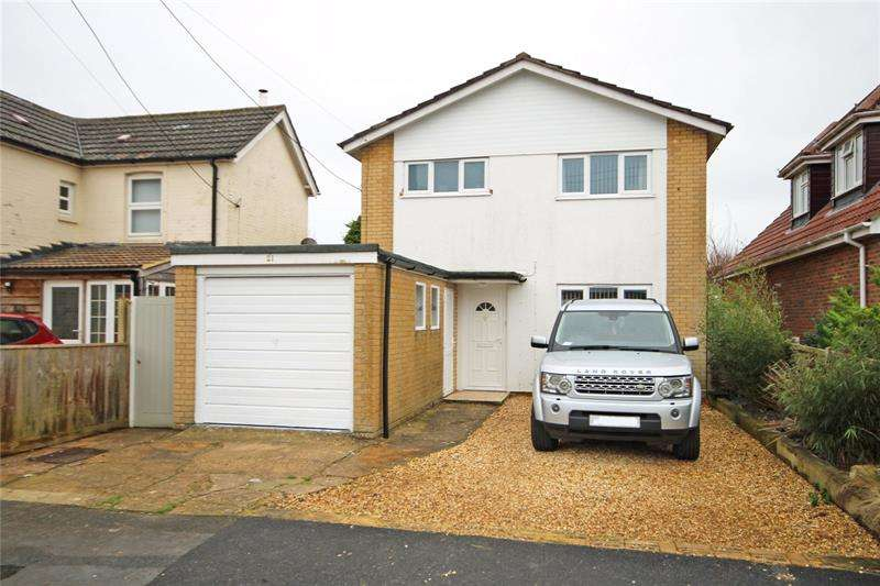 3 Bedrooms Detached House for sale in Compton Road, New Milton, Hampshire, BH25