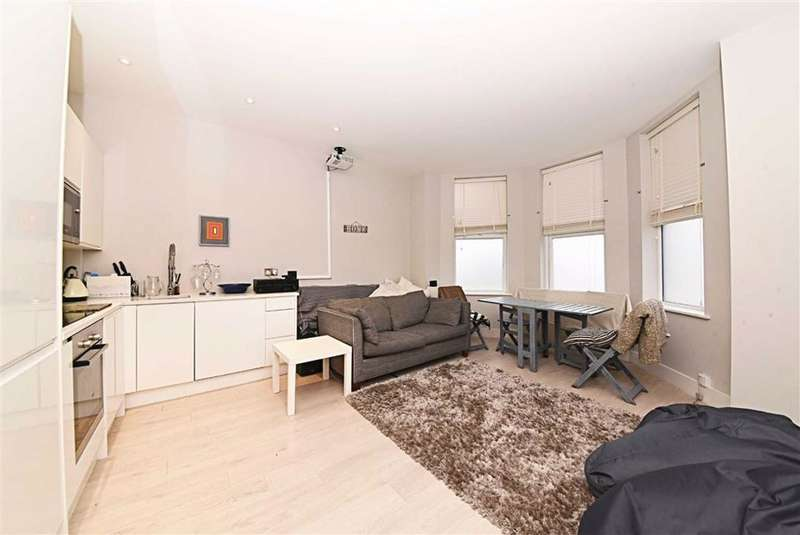 1 Bedroom Flat for sale in Woodhouse Road, North Finchley, London, N12