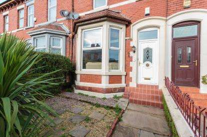 3 Bedrooms Terraced House for sale in Leeds Road, ., Blackpool, Lancashire, FY1
