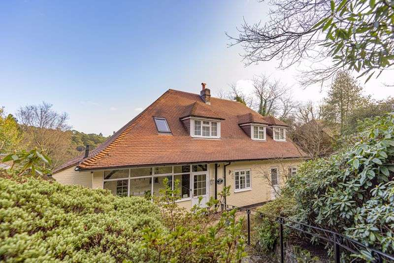 5 Bedrooms Property for sale in Portsmouth Road, Hindhead