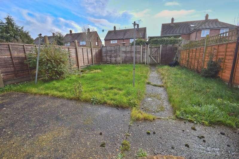 3 Bedrooms Terraced House for sale in Oakridge, Basingstoke, RG21