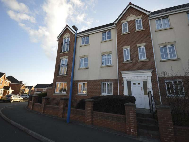 2 Bedrooms Apartment Flat for sale in Tinsley Avenue, Cradley Heath, West Midlands, B64