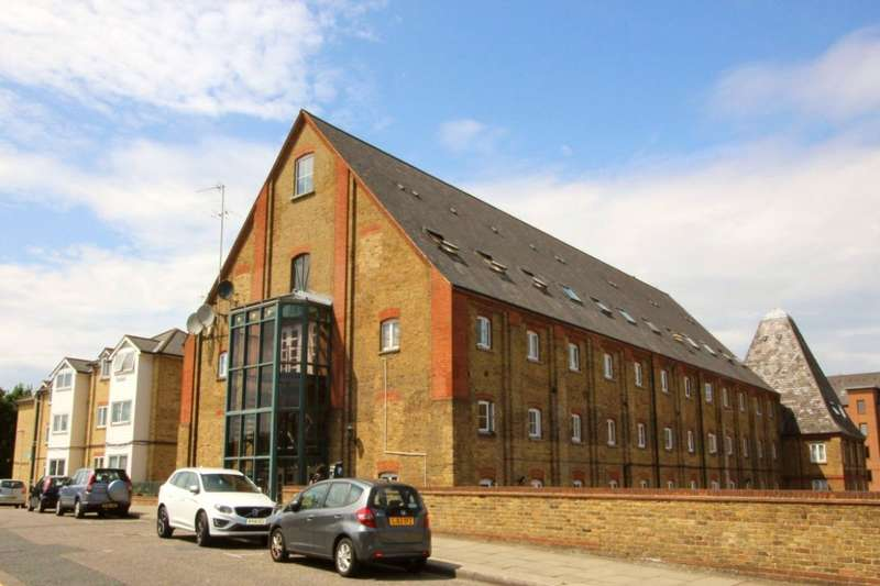 1 Bedroom Apartment Flat for sale in The Maltings, Clifton Road, Gravesend, Kent, DA11
