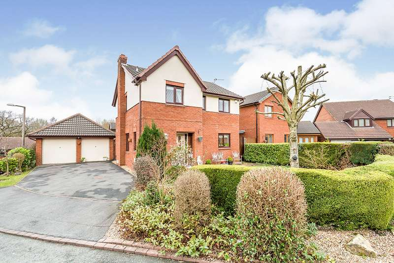 4 Bedrooms Detached House for sale in Clough Avenue, Walton-le-Dale, Preston, Lancashire, PR5