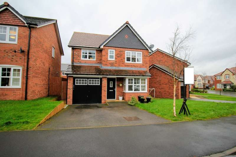 4 Bedrooms Detached House for sale in Cleveland Road, Leyland, Lancashire, PR25